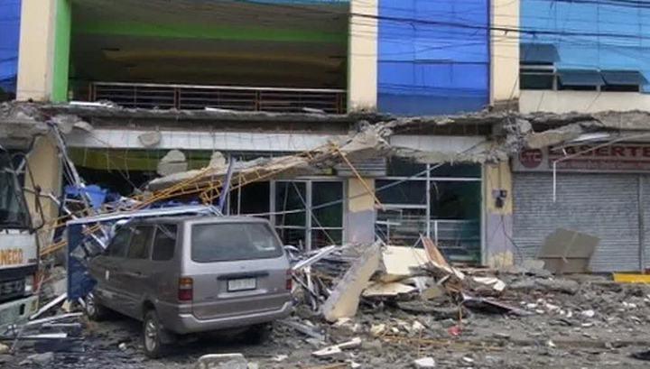 На Филиппинах вновь произошло сильное землетрясение