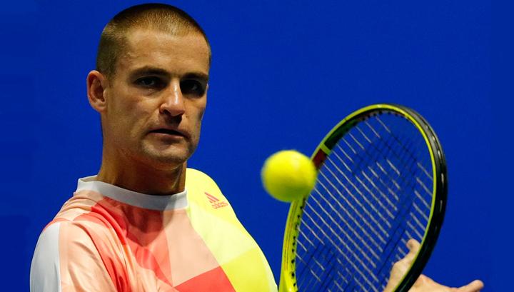 Теннисист Южный победил Эбдена в первом круге турнира в Нью-Йорке