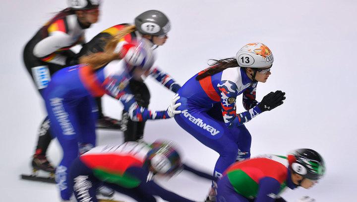 Кореянки выиграли эстафету в шорт-треке