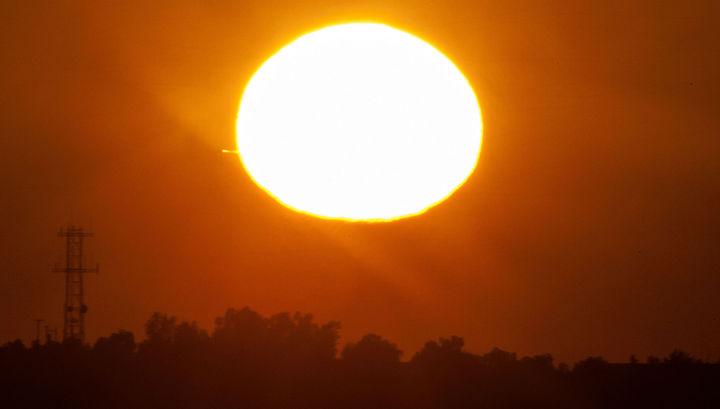 Ученые разгадали причину незаурядной  температуры короны Солнца