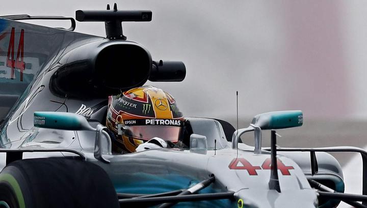 Формула-1. Хэмилтон выиграл вторую практику, Сироткин – 20-й