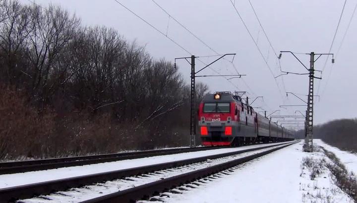 Метель нарушила движение поездов с Саратовской области