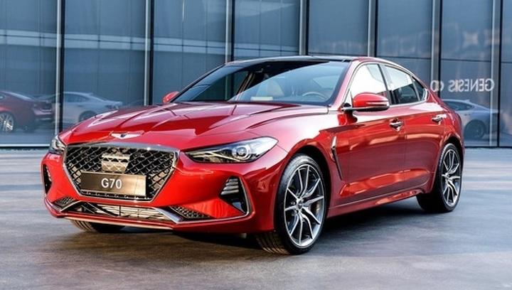 Корейский конкурент BMW 3 серии: подробности о версиях для России