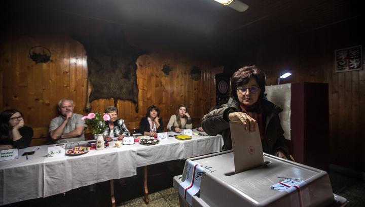 В Чехии закрылись избирательные участки