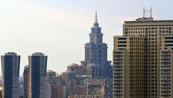 Сто самых дорогих квартир Москвы стоят 44 миллиарда