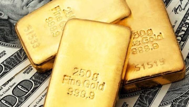 ЦБ занял валюту за рубежом для пополнения резервов