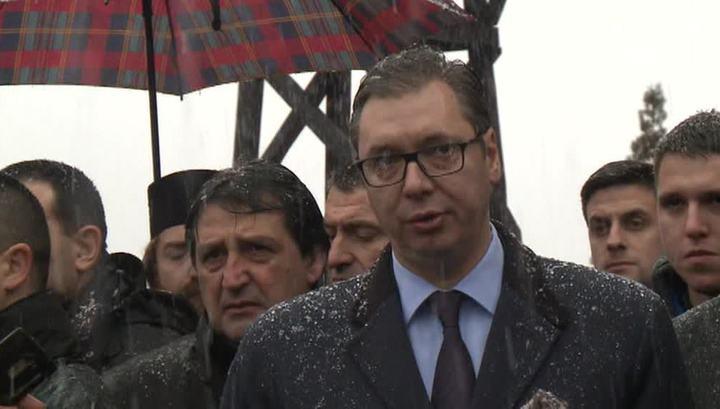 Вучич пообещал помощь косовским сербам
