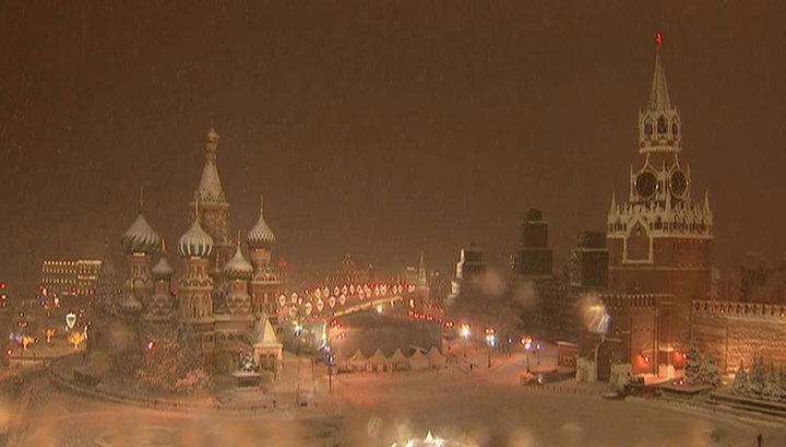 Погода в Москве: похолодание, снегопад и гололедица