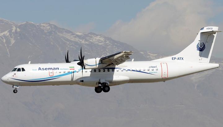 МИД проверяет информацию о россиянах на борту рухнувшего в Иране самолета