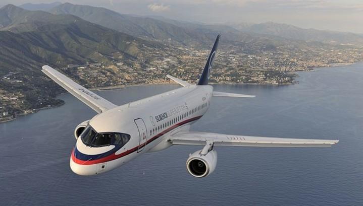СМИ: авиакомпания S7 купит 100 самолетов SSJ-100