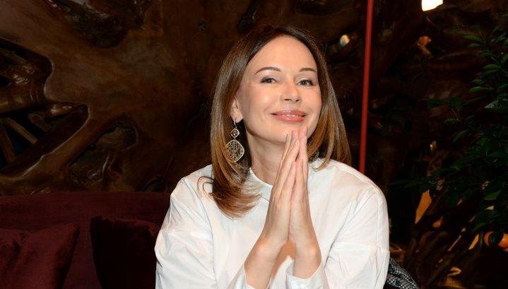 Известная актриса хочет сбежать от московской суеты в горы