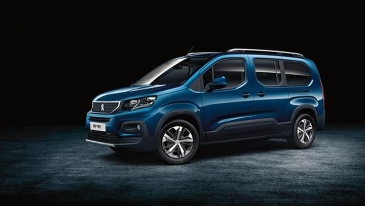 """В модельном ряду Peugeot появился новый """"каблучок"""""""