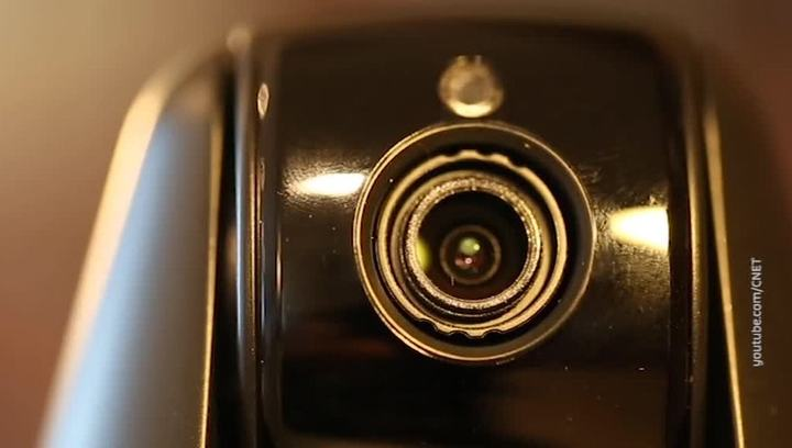 """Вести.net: """"умные"""" камеры становятся шпионами, а Wikipedia обиделась на YouTube"""