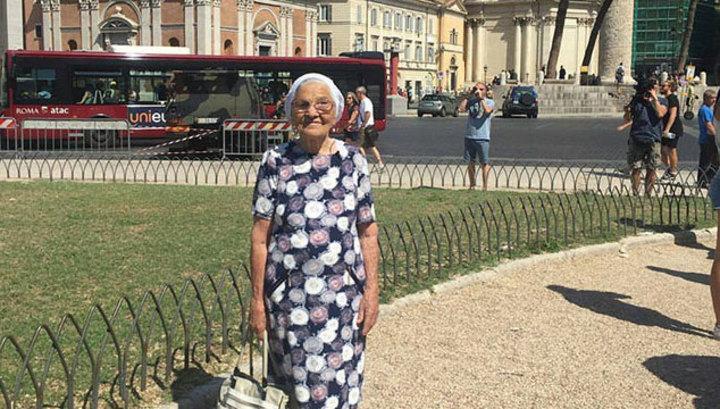 Знаменитая красноярская путешественница баба Лена проголосовала на выборах