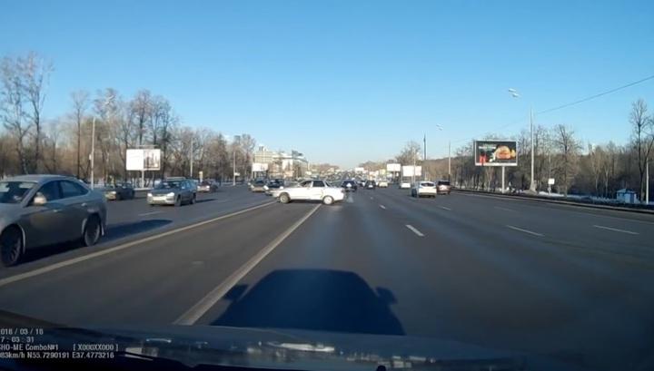 Опубликовано видео смертельного ДТП на Кутузовском проспекте в Москве