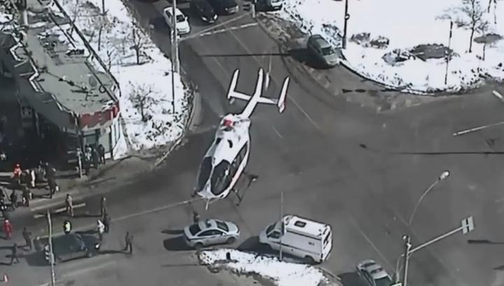 Пешехода, сбитого на юго-востоке Москвы, эвакуировали медицинским вертолетом. Видео