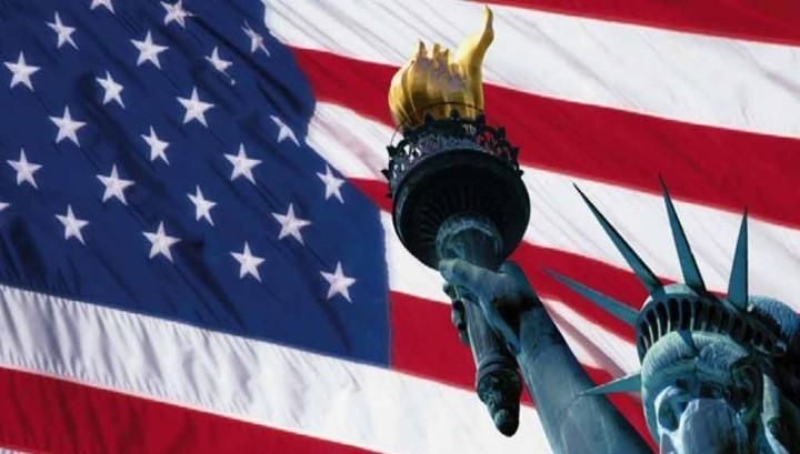 Долг США растет быстрее экономики. На что тратят?
