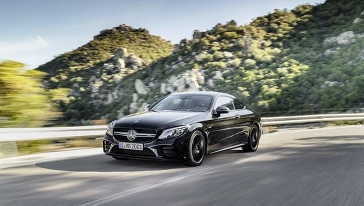 "Mercedes обновил и ""прокачал"" купе и кабриолеты C-Class"