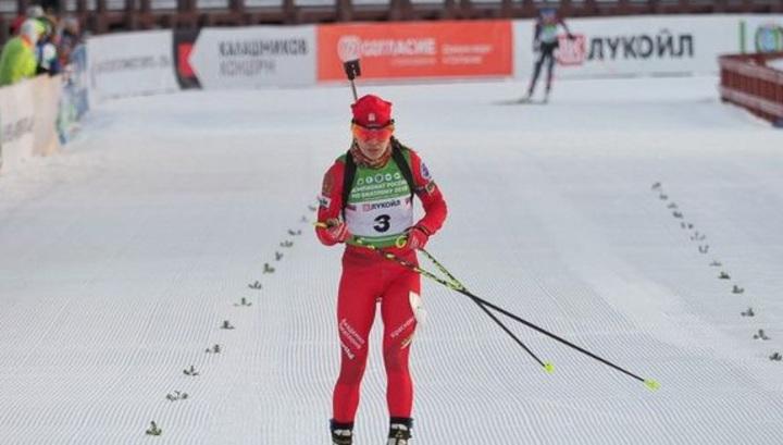 Биатлонистка Васильева выиграла масс-старт чемпионата России
