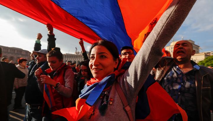 Митинг в Ереване: полиция опровергла слухи о сотрудниках в штатском