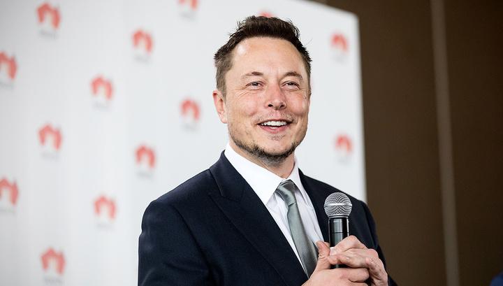 Илон Маск снова обвинил спасавшего детей дайвера в педофилии
