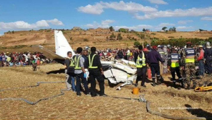 На Мадагаскаре разбился самолет. Есть жертвы