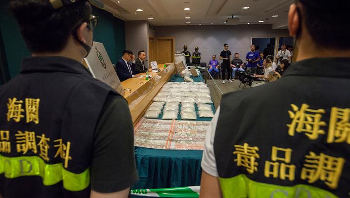 Правоохранители Китая сожгли 380 килограммов наркотиков
