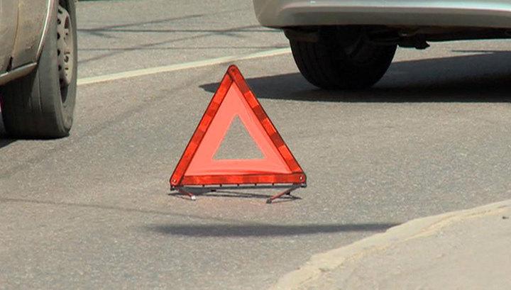 ДТП на Варшавке: в столкновении крана и шести машин погиб человек