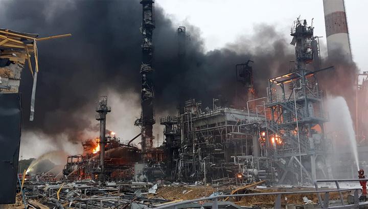 Взрыв и пожар на НПЗ в Баварии: пострадали восемь человек, тысячи эвакуированы