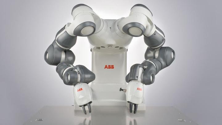 Роботы будут собирать других роботов на фабрике в Китае