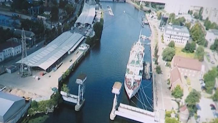 """Железнодорожный мост у судна """"Витязь"""" в Калининграде превратят в пешеходную зону"""