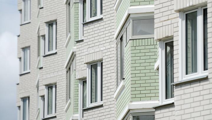 Во Владивостоке мать выбросила своего младенца из окна