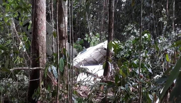 От первого лица: в Венесуэле пассажир самолета снял на видео момент авиакатастрофы