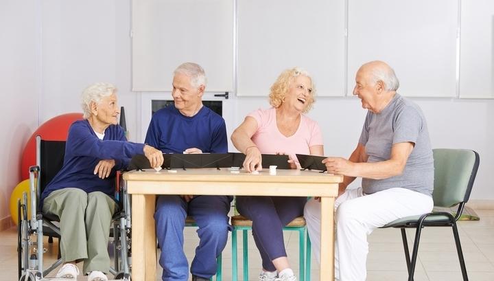 Инвестиции в старость: почему популярны дома престрелых, и сколько на них зарабатывают