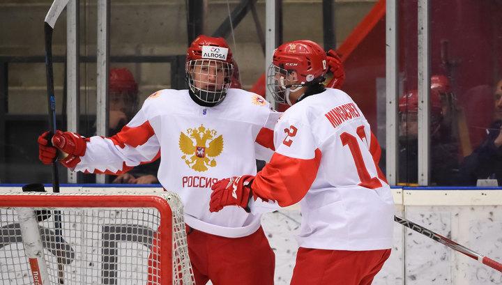 Российские юниоры вышли в полуфинал чемпионата мира по хоккею
