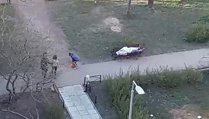 Дети три часа играли рядом с оставленным питерскими медиками трупом