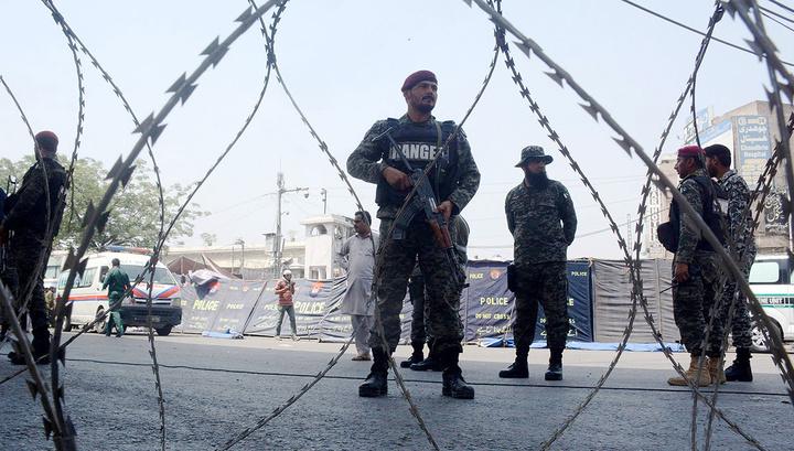 Пакистанские пограничники не приняли праздничные подарки от индийских коллег