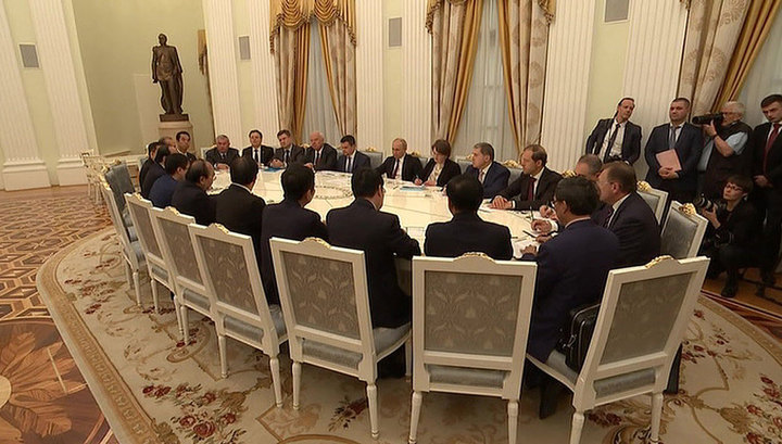 Владимир Путин встретился в Кремле с премьер-министром Вьетнама