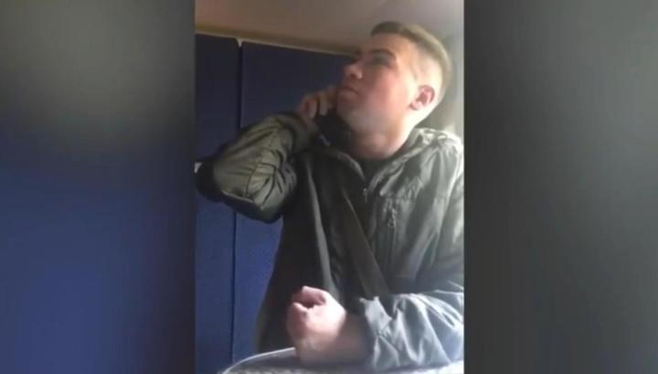 """""""Станция какая, сержант?"""": пьяный пассажир превратил свое задержание в шоу"""