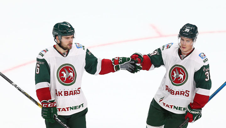 """КХЛ назвала двух хоккеистов """"Ак Барса"""" лучшими в сентябре"""