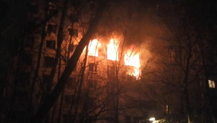 Очевидец снял на видео первые минуты после взрыва в многоквартирном доме в Москве