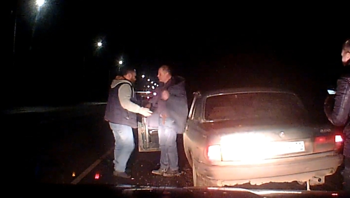 Бдительный автовладелец задержал пьяного водителя на трассе под Тулой