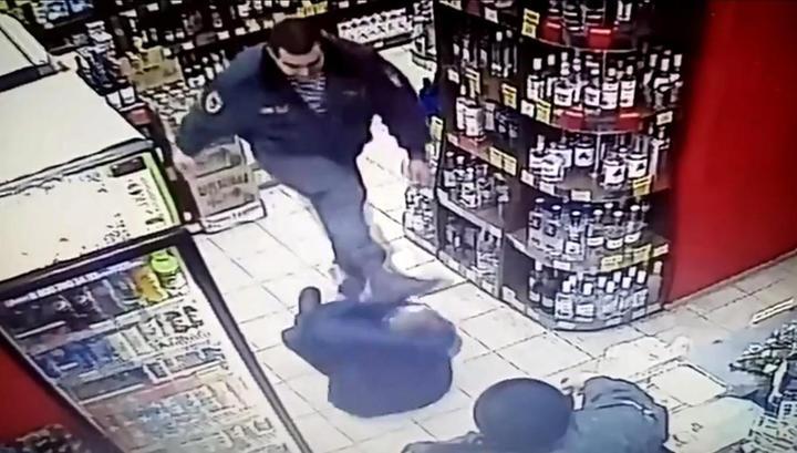 Охранники жестоко избили заподозренного в краже нижегородца