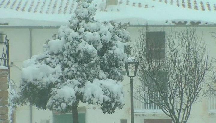13 человек погибли от непогоды в Испании