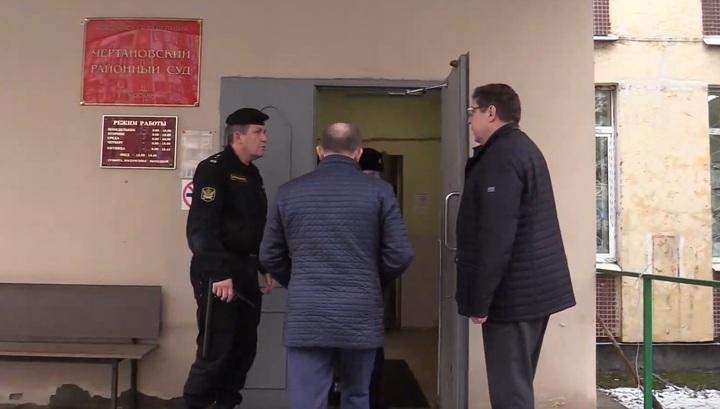 Экс-глава управления ФСИН скончался в зале суда на глазах у медиков