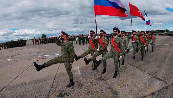В Новосибирской области прошла первая репетиция парада в честь 75-летия Победы