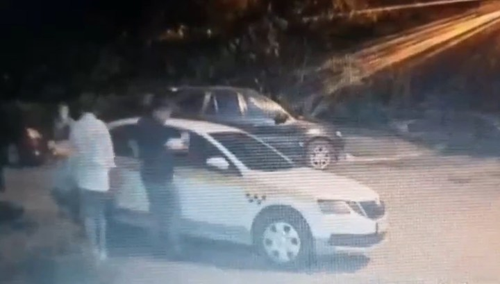 Пьяный пассажир до полусмерти избил таксиста в Зеленограде