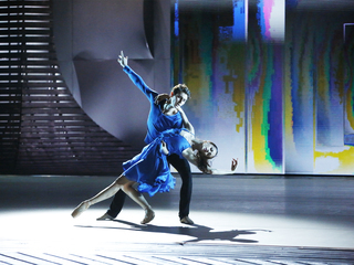 "Надежда Батоева – Эрнест Латыпов. Дуэт из балета ""Without"". Фото Вадима Шульца"