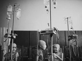 Фото детей-пациентов онкологического центра из поселка под Новосибирском / Автор: Антон Уницын