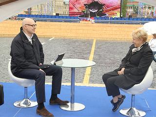 """Книжный фестиваль """"Красная площадь"""" в прямом эфире. Юлиан Макаров и Мария Веденяпина  / Автор: Вадим Шульц"""